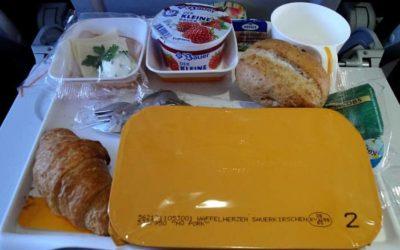 Essen im Flugzeug mit nehmen – Ratgeber Essen und Getränke im Flugzeug